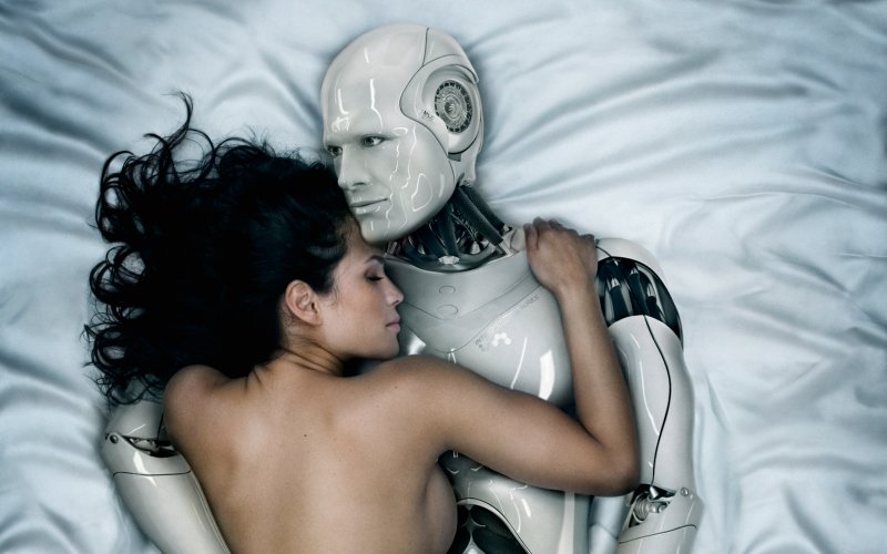 Sex with robots: Zuckerberg will make you do it |